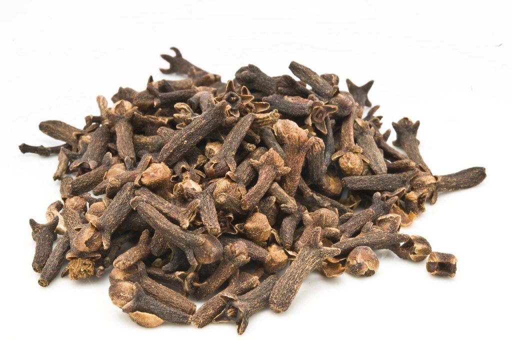 cloves, number 4 on our list of spices