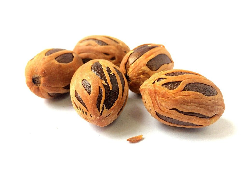nutmeg and mace, number 7 on our list of spices