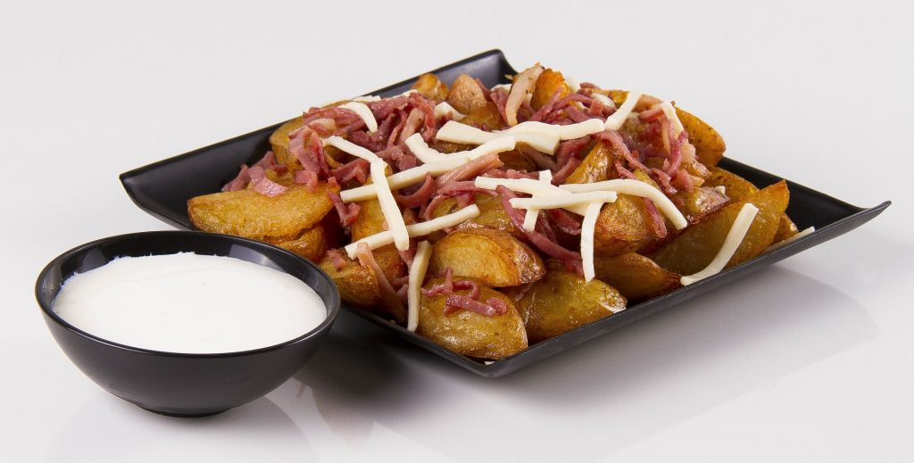 meal ideas for fussy eaters: loaded baked potatoes