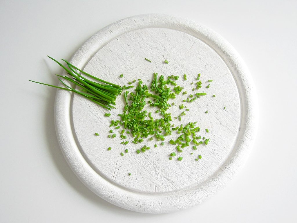 list of herbs: chives