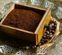 5 Delicious Recipes Using Coffee Grounds